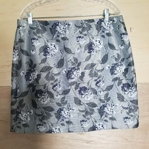 Loft Outlet Floral Leaves Gray Skirt